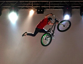 BreakOnStage DIRT-JUMP Competition